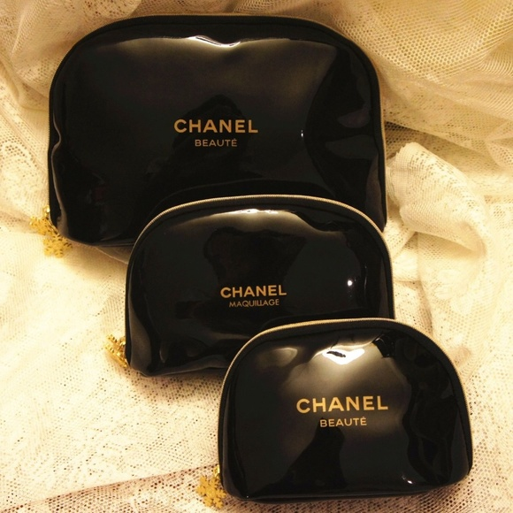 6924a72c2b5e CHANEL Bags | New Beaute Makeup 3 Pc Set Snowflake | Poshmark